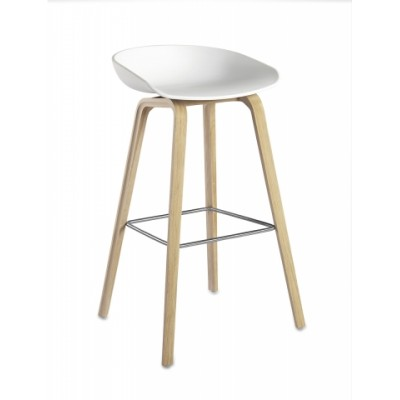 AAS32 ABOUT A STOOL TABOURET H65 BLANC + CHENE