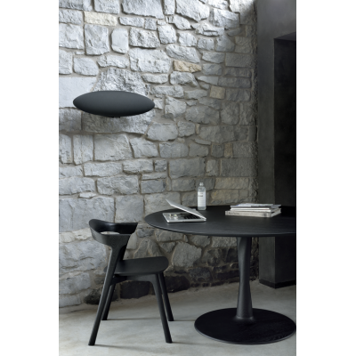TABLE RONDE TORSION EN CHENE TEINTE NOIR D.127X H.76